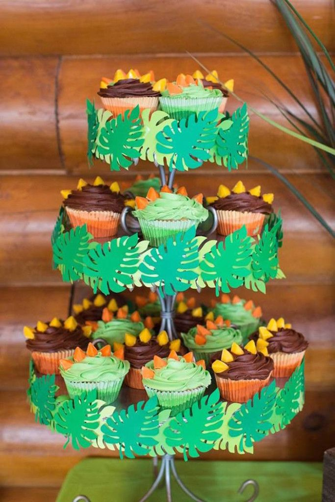 Stegosaurus Cupcakes from a Dinosaur 5th Birthday Party via Kara's Party Ideas…