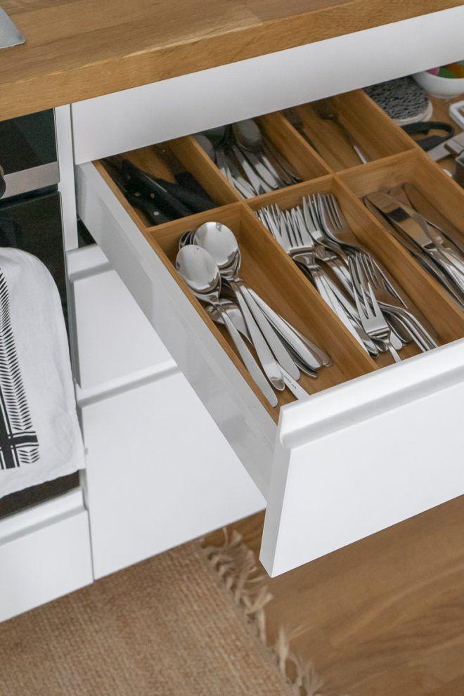 Ikea Kuche Planen Und Aufbauen Tipps Fur Eine Skandinavische Kuche Dreieckchen In 2020 Ikea Kuche Kuche Planen Ikea Kuche Inspiration