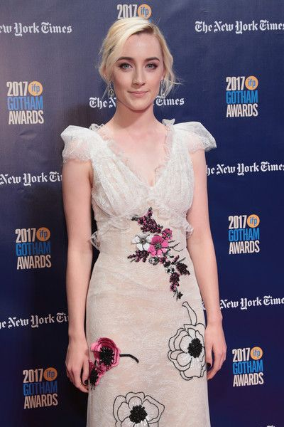 Saoirse Ronan Photos - Actor Saoirse Ronan attends IFP's 27th Annual Gotham Independent Film Awards on November 27, 2017 in New York City. - IFP's 27th Annual Gotham Independent Film Awards - Red Carpet