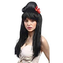 Lolita Mode, Hime Lolita   Kombination mit dem Hime-Gyaru-Stil:   Typische Accessoires:  Beehive-Frisuren,  Beehive Perücken