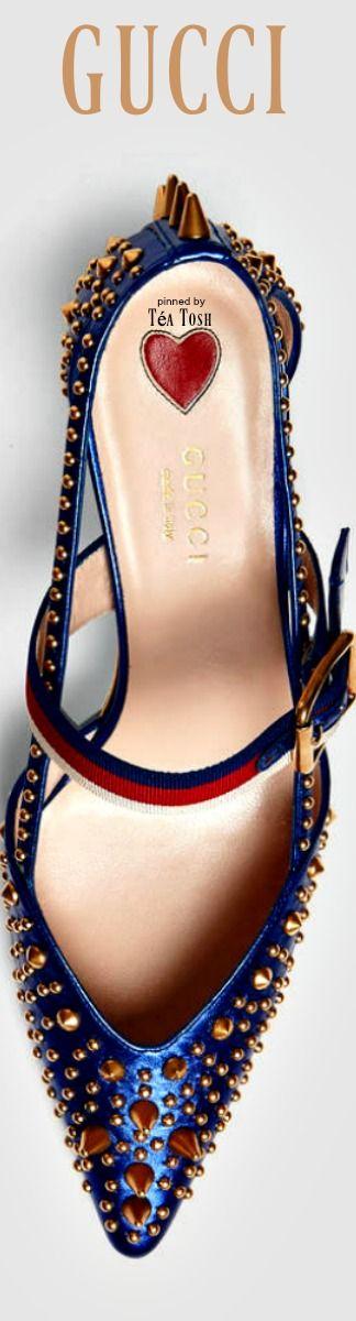 ❇Téa Tosh❇ Gucci, Metallic studded pump