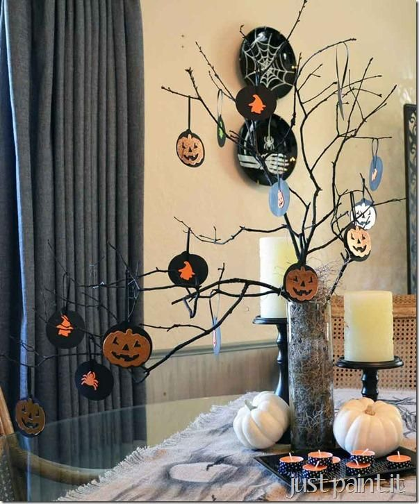 diy tutorial diy halloween diy a halloween duct tape wreath that s scary easy to make beadcord