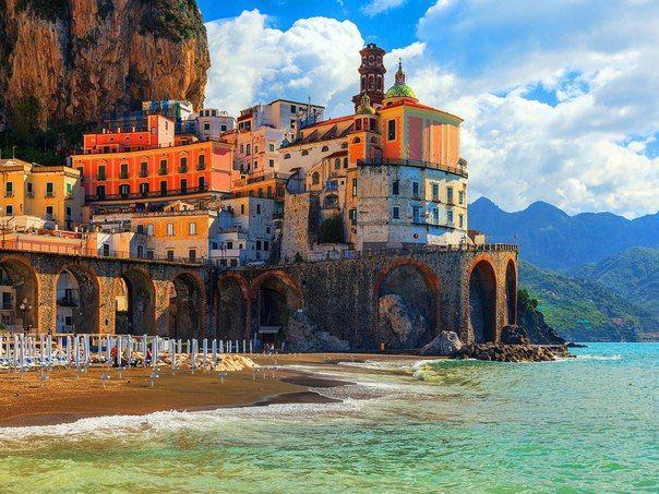 Атрани, Амальфитанское побережье, Италия.