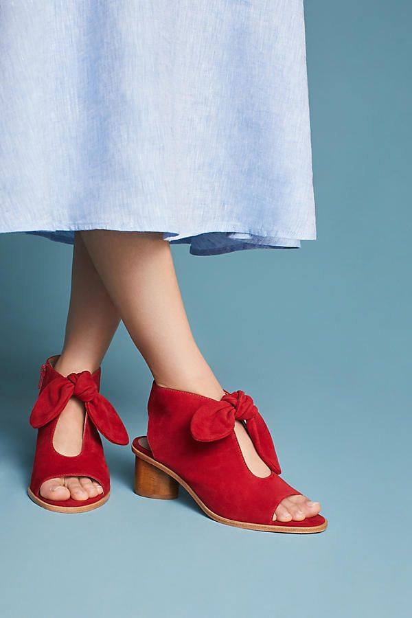 b67d8e538 Bernardo Luna Bow Shooties in 2019 | WEARS | Bows, Cute shoes, Fashion  pictures