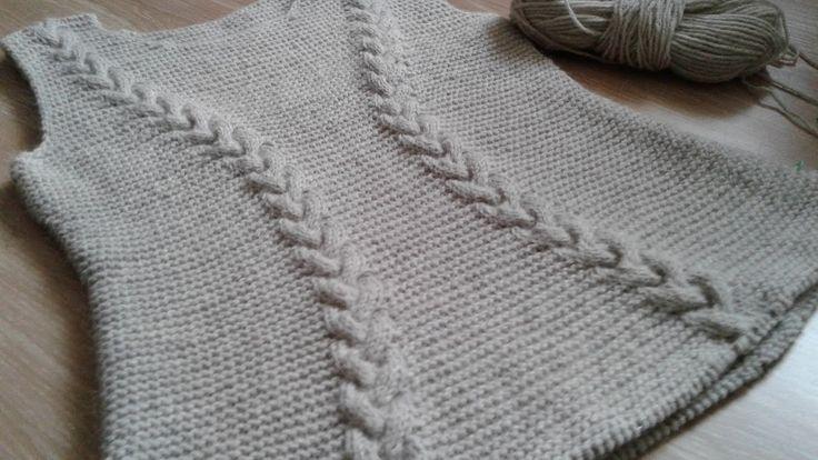 Платье спицами (платочная вязка + косы). Часть 5.