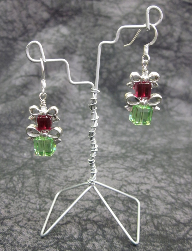 Swarovski Crystal Christmas Present Earrings. $29.95, via Etsy.Christmas Presents, Crafts Info, Decoration Idea, Jewelry, Display Ideas, Display Stands, Idée Display, Diy Display, Crystals Christmas