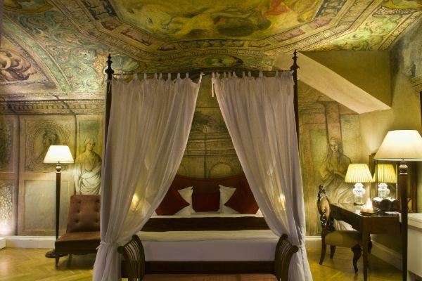 Mamaison Suite Hotel Pachtuv Palace, Prague