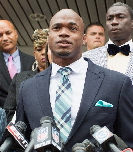 HBD Adrian Peterson March 21st 1985: age 30