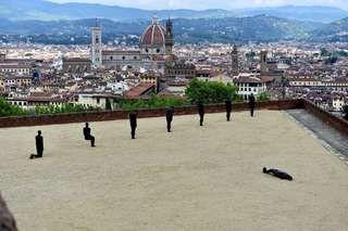Gli uomini di ferro di Gormley (con vista su Firenze) - Repubblica.it Mobile