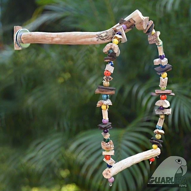 Lançamento! Conheça o novo Poleiro com Balanço 2 da Guaruba Toys! O poleiro…