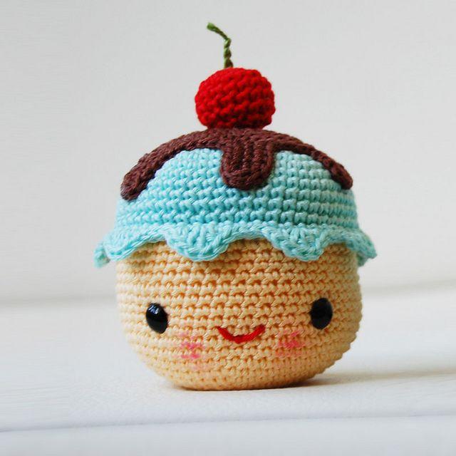 Amigurumi Face Ideas : Amigurumi Mr. Coffee and Miss Cupcake Pattern pattern by ...