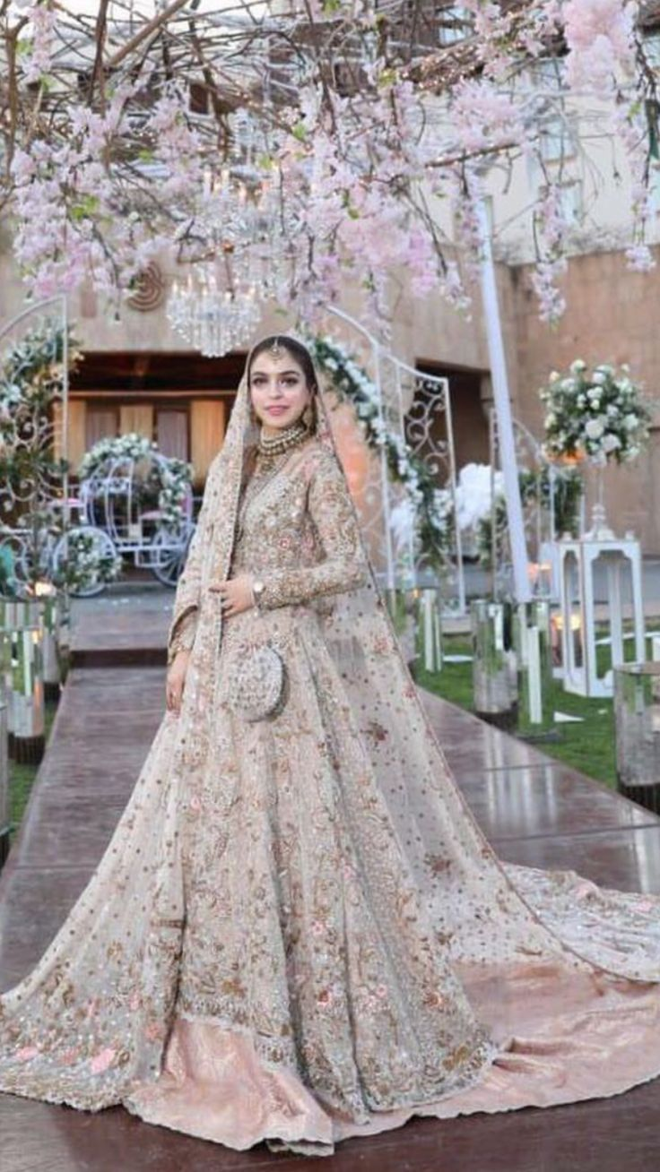 Cool Great ... Dulhan dress pakistani