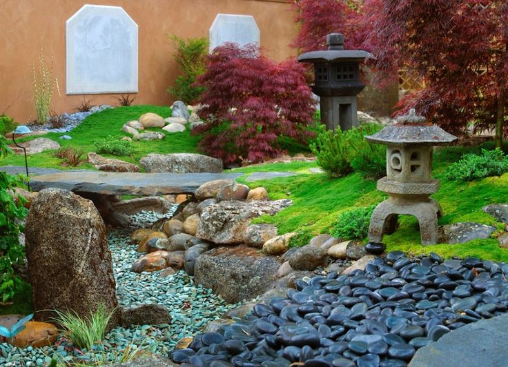 How To Create Your Own Japanese Garden - http://freshome.com/2015/01/22/how-to-create-your-own-japanese-garden/
