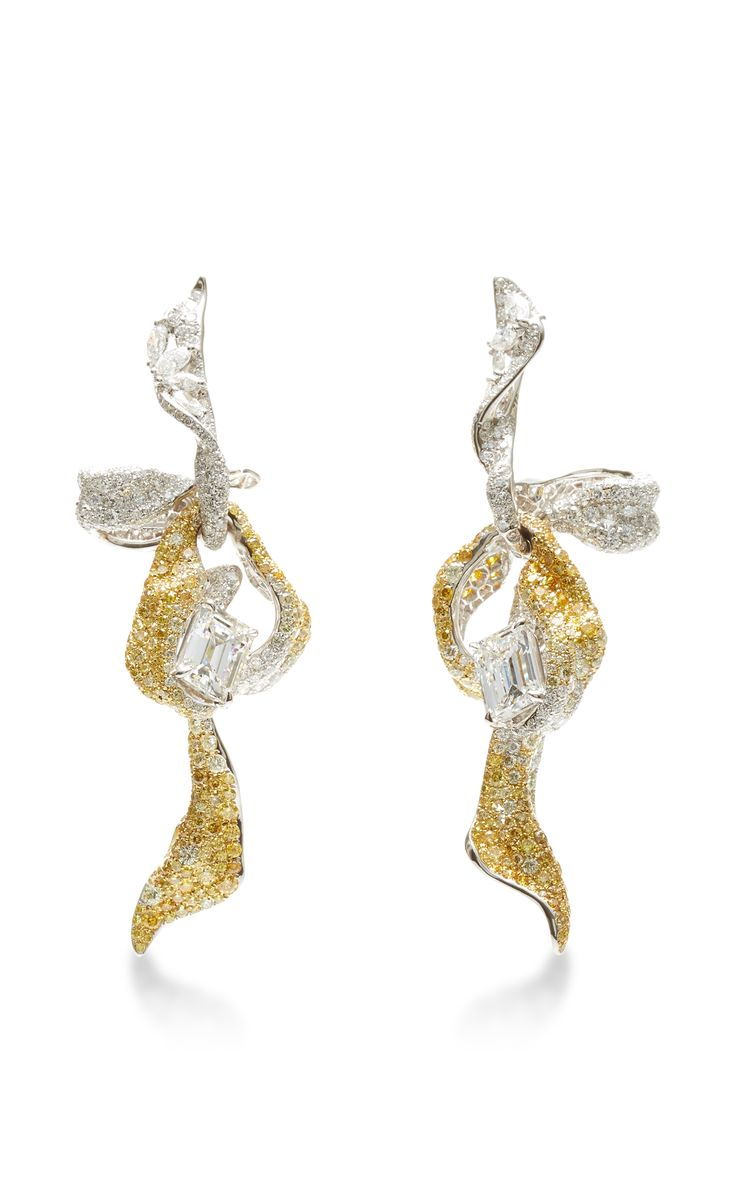 18K White and Yellow Gold Diamond Ribbon Earrings by Cindy Chao
