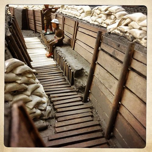 Check Out the giant, realistic World War I trench that the Pink Palace museum has built as a display for their collection of lead soldiers. #WWI #Memphis #diorama