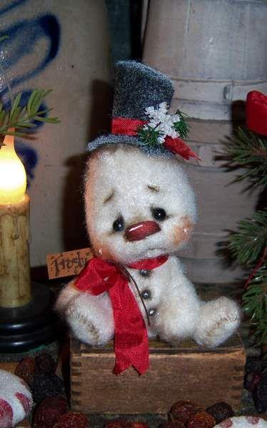Snowman Frosty Bear by By Patti Sikes of Patti's Ratties   Bear Pile
