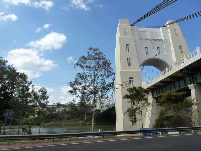 Brisbane WeekendNotes - Free Walter Taylor Bridge Tours - Brisbane