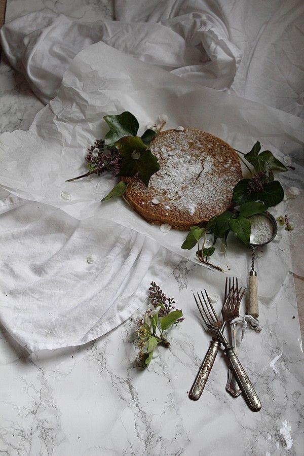 Morotskladdkaka med Cream Cheese frosting (syns ej i bild) SweetandSimple -