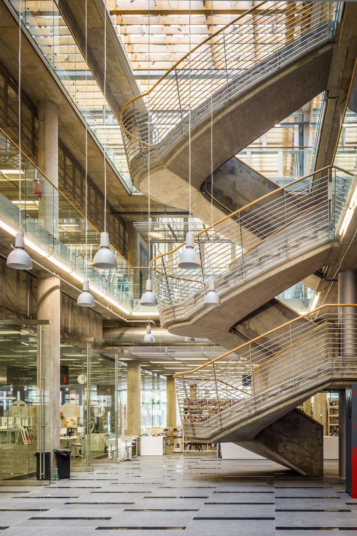 Górny Śląsk: Katowice - Centrum Informacji Naukowej i Biblioteka Akademicka (CINiBA),   projekt HS99, Poland