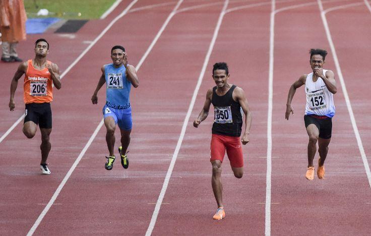 Pada nomor Lari 400 Meter Putra #PON2016, Fuad Ramadhan (Aceh) meraih medali emas setelah mencatatkan waktu 47,58 detik, perak diraih atlet Jatim Heru Astriyanto dengan catatan waktu 47,76 detik dan perunggu diraih atlet Jatim lainnya Muhammad Lukman dengan waktu 47,83 detik.