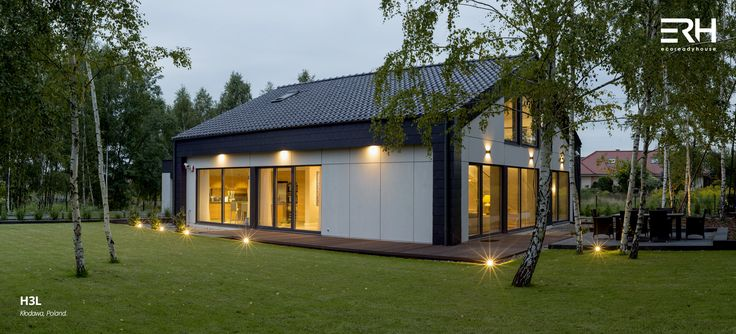 House H3L in Kłodawa, Poland #architecture #design #modernarchitecture #dreamhome #home #house #passivehouse #energysavinghouse  #modernhome #modernhouse #moderndesign #homedesign #modularhouse #homesweethome #scandinavian #scandinaviandesign #lifestyle  #nature #evening # lighting #houselighting #garden #ecoreadyhouse #erh
