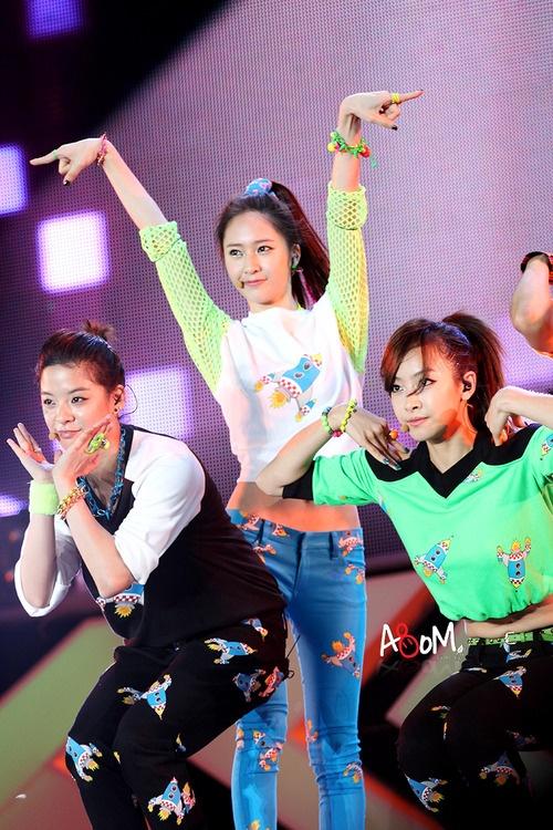 f(x) - Amber, Krystal & Victoria <3