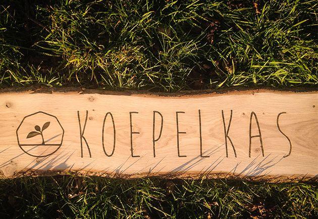 Eiken houten Naambord Koepelkas design laser