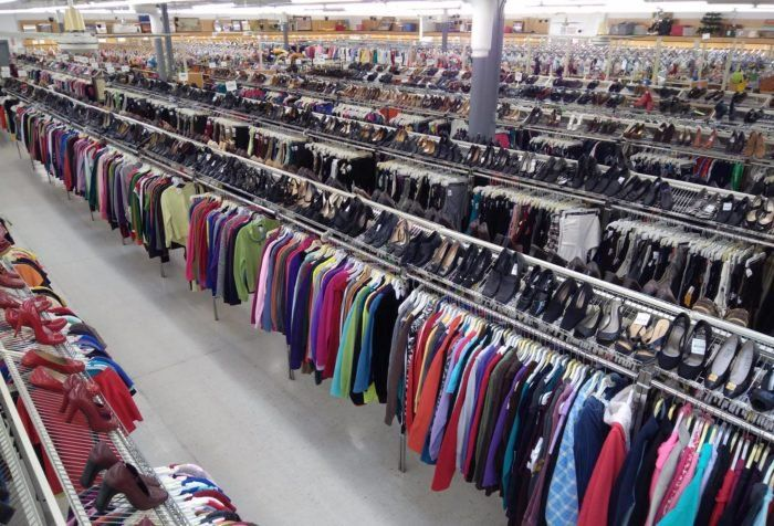 This Bargain Hunters Road Trip Will Take You To The Best Thrift Stores In Ohio Bargain Hunter Road Trip Thrifting
