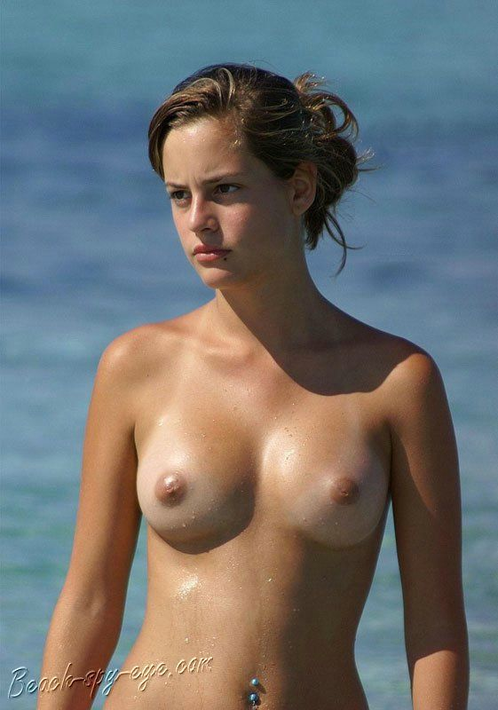 Best Nude Beach Babes