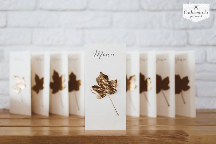 Wedding menu with gold leaf. Autumn wedding / Weselne menu  ze złotym liściem.
