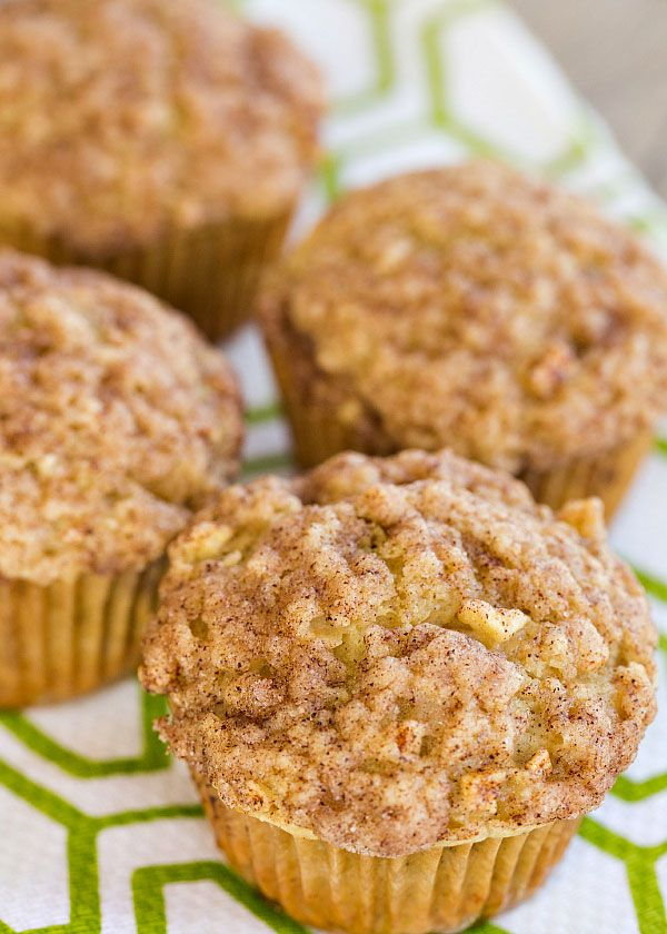 Spiced Apple Muffins with Cinnamon-Sugar Crunch Topping