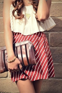 love the skirt/top combo: Fashion, Style, Clothing, Shirts, Clutches, Cute Outfits, Stripes Skirts, Summer Outfits, Candy Canes