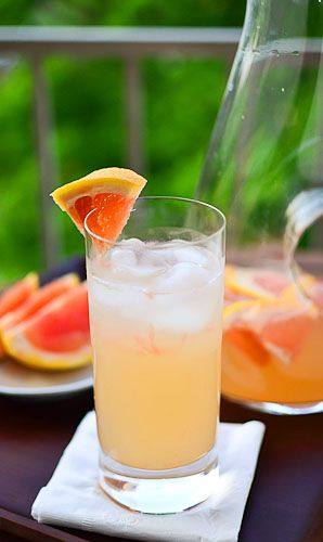grapefruit margarita: Summer Cocktails, Grapefruit Margaraita, Grapefruit Fresh, Grapefruit Margaritas, Cocktails Cocktails, Fruit Recipe, Margarita Grapefruit, Fresh Fruit
