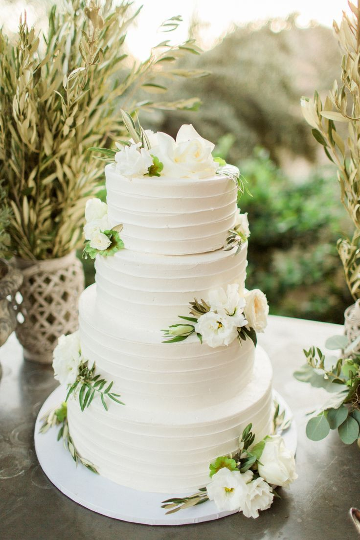 four tier textured wedding cake