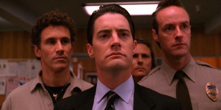 Twin Peaks Dale Cooper Kyle MacLachlan Season 3 David Lynch Confirmed to Direct Twin Peaks Season 3 at Showtime
