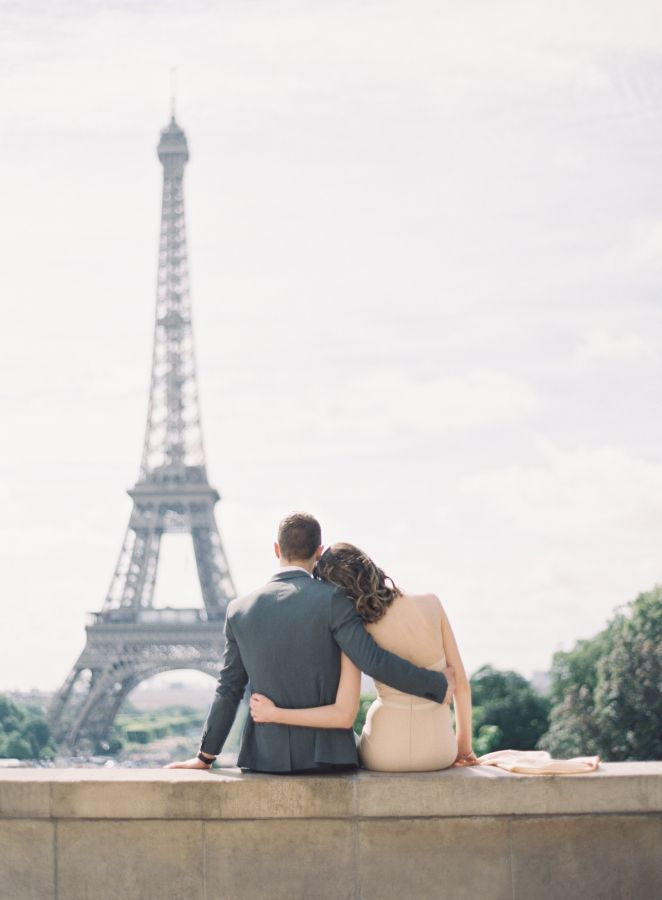 Elegant romance in Paris, France: http://www.stylemepretty.com/little-black-book-blog/2016/09/12/elegant-chic-parisian-engagement-shoot/ Photography: Oliver Fly - http://oliverfly.com/