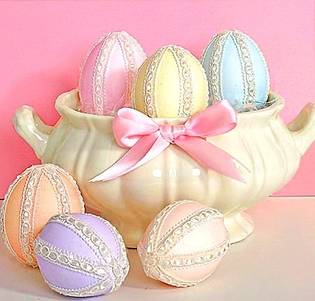 Chocolate Filled Eggs: Chocolates Cakes, Pastel Colour, Easter Spr, Easter Bunnies, Easter Decor, Pretty Pastel, Easter Eggs, Pastel Colors, Decor Pastel