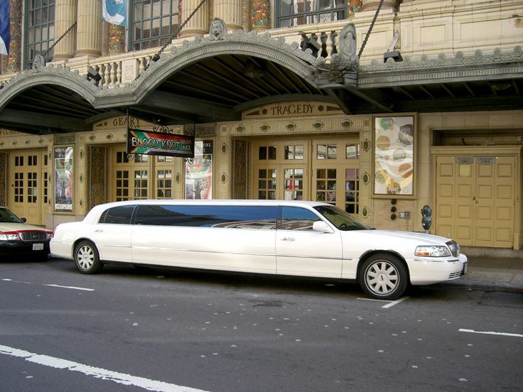 Our limousines are safe and great way to celebrate your bachelor party bachelor as you live a wild night. :- http://bit.ly/18lCP5f #Miami_Limo_Bus #Miami_Limo_Services