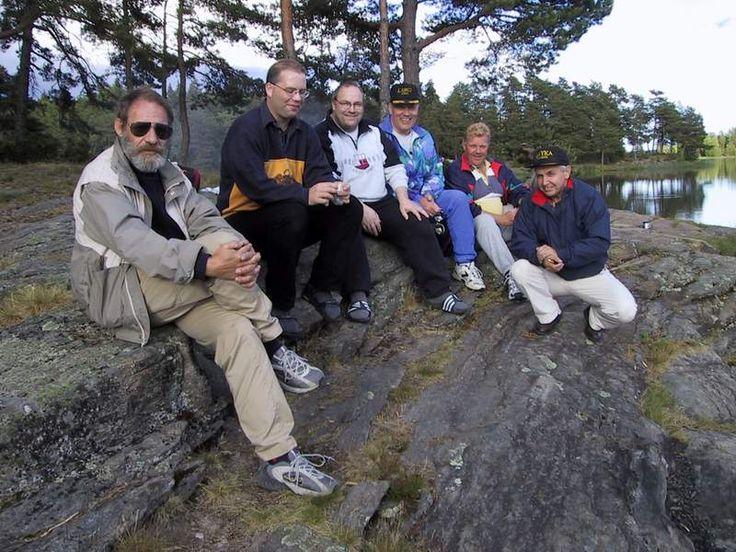 Mimrealbum | LA5M LA4FU--LA6VJA--LA9VDA-LA9GJ-and father to LA2WUA and LA1YKA in Vannsjø lake