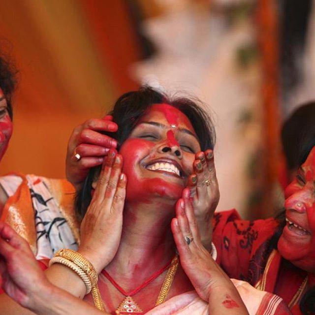 The triumph of good over evil. Shubho Bijoya/ Happy Dussehra to all :) Pic credit: Reuters/Ajay Verma #india #festivals #colours #vibrant #warmregards #wishes #dussehra #bijoya #durga #rama #puja #celebrate #october #instagood #instalike #tagsforlikesapp #instafollowers #instaindia #instamumbai #instaphoto