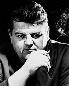 Dr. Eddie 'Fitz' Fitzgerald played by Robbie Coltrane - Cracker.