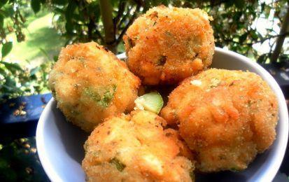 Crocchette di zucchine - Le crocchette di zucchine sono un ottimo piatto da antipasto o da aperitivo. Provare per credere!