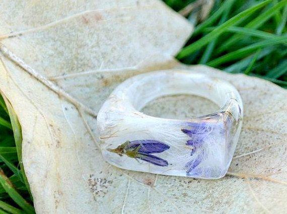anello in resina eco natura anello fiore vero di LovelinessNature