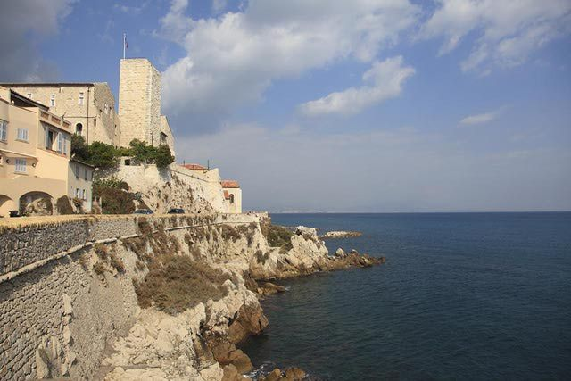 22 best cynthia and anna 39 s trip to europe images on pinterest places to visit destinations - Point p antibes ...