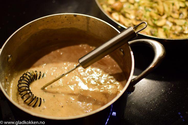Nå er det sesong for vilt og sausen er viktig for at måltidet skal bli vellykket. Denne viltsausen passer perfekt til viltkjøtt. Den har en kombinasjon av de klassiske smakene som en viltsaus har, …