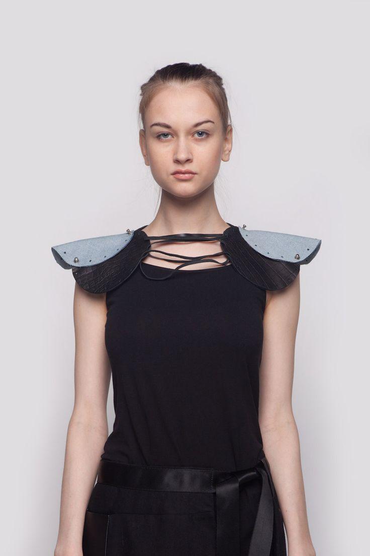 OXALIS Shoulder Piece