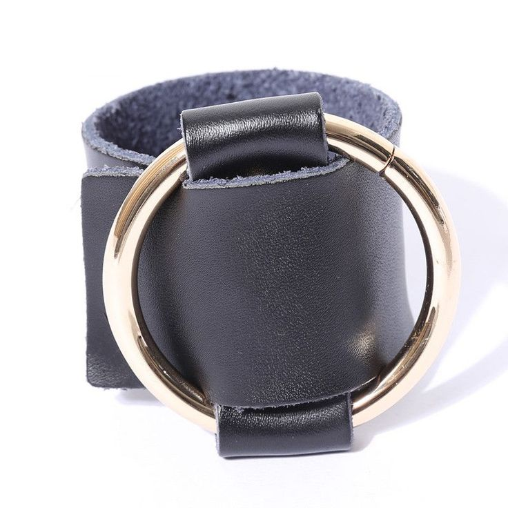 [TWOTWINSTYLE] 2016 Original Metal Round Buckle Leather Bracelet Women Punk Style New