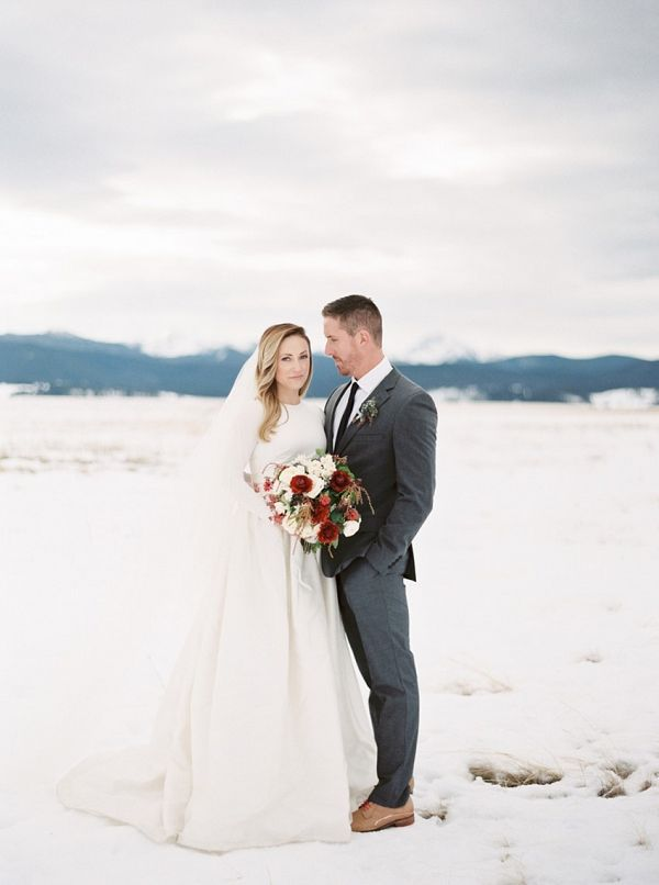Snowy wedding photos    #weddings #weddingideas #aislesociety  #winterwedding