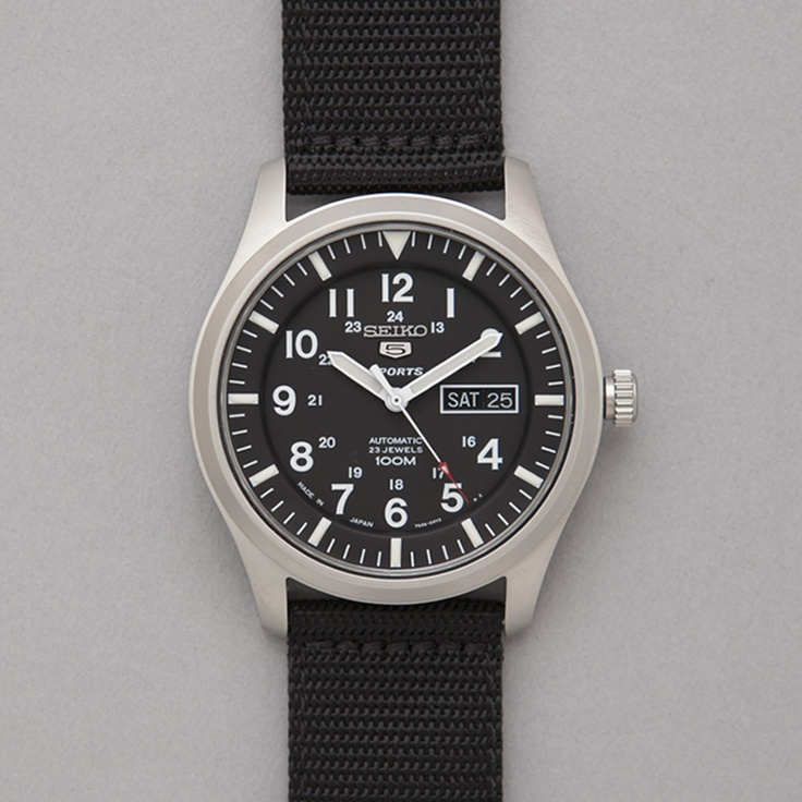 Seiko snzg15 big military seiko made in japan military watch in black seiko pinterest for Watches of japan
