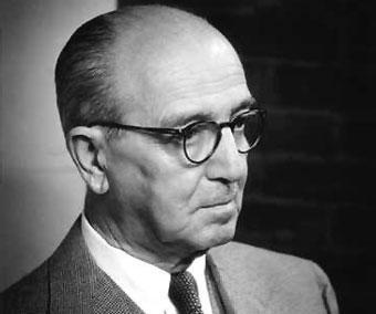Hans Kelsen (11 de octubre de 1881 — 19 de abril de 1973) jurista austríaco.